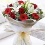 lily-rose- gerbera-bunch