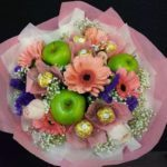 Flowers Ferrero Green Apple bunch